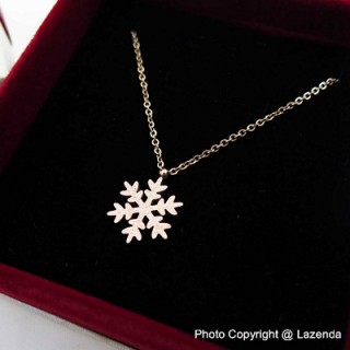 Scrub Snowflake Rose Gold Necklace